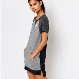 Nike Colorblock Dress Size Large